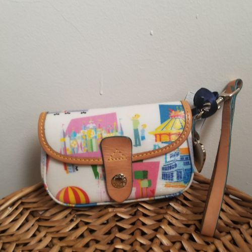 Disney Dooney & Bourke Disneyland Paris Anniversay Flap Wristlet
