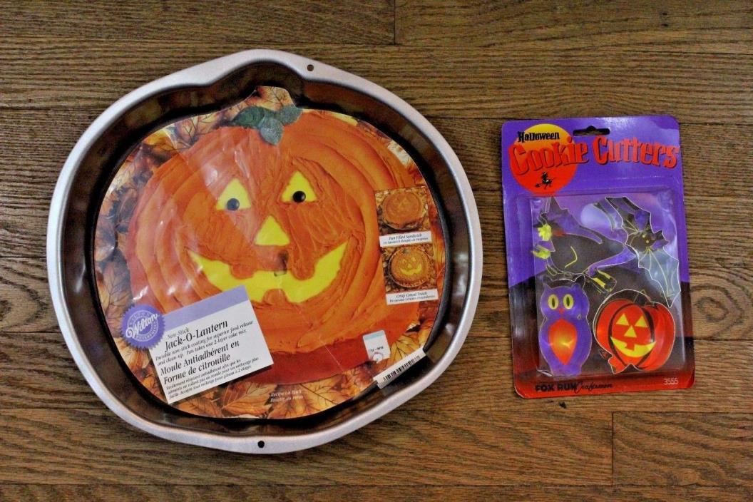 Wilton Non-Stick Jack O Lantern Cake Pan Halloween  New WithBonus Cookie Cutters