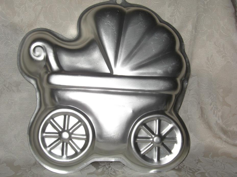 Wilton BABY BUGGY Cake Pan Party  Shower; 2105-3319  2005