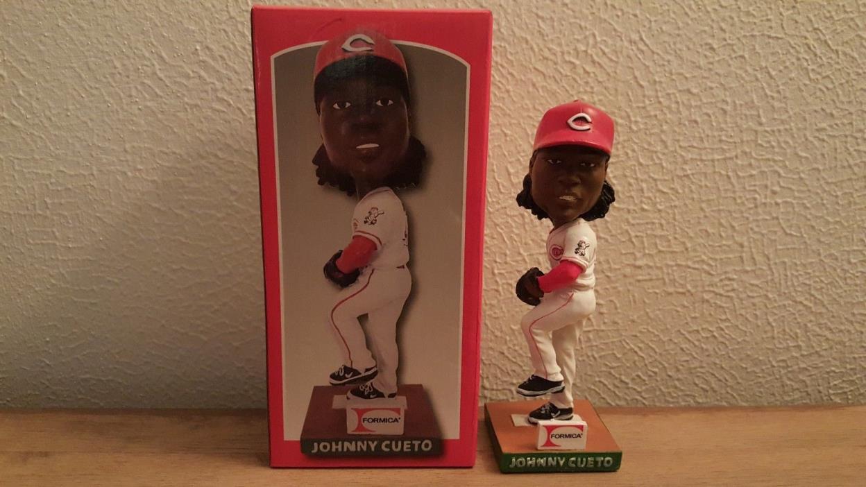 2012 Johnny Cueto SGA Bobblehead Cincinnati Reds
