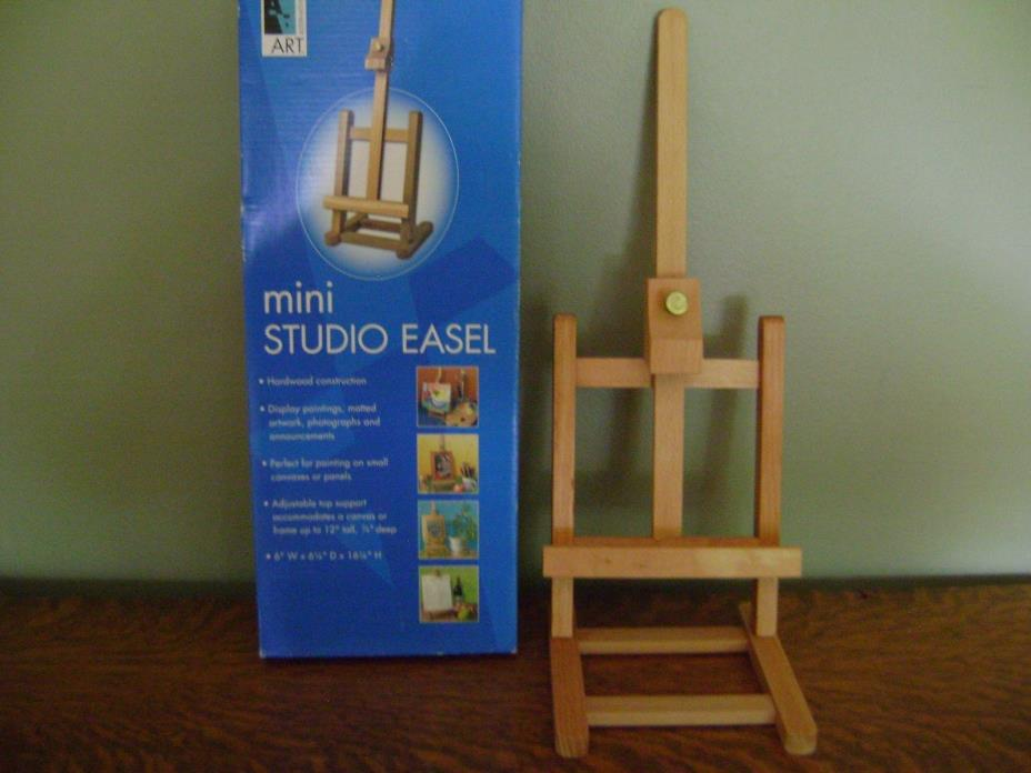 Mini Wooden Studio Adjustable Artist Easel ~ NEW IN BOX