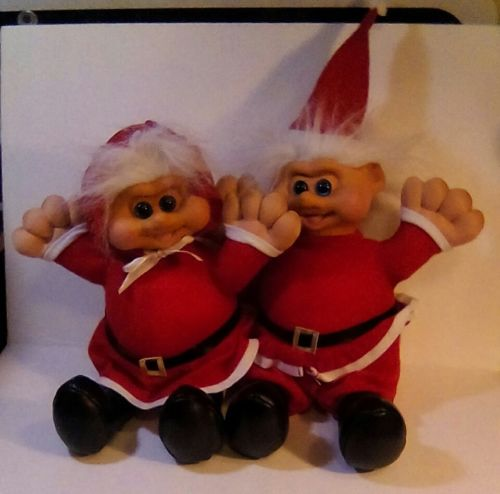 Troll Doll Mr and Mrs Santa clause sitting plush Toy, Teddy Bear Co. 1991