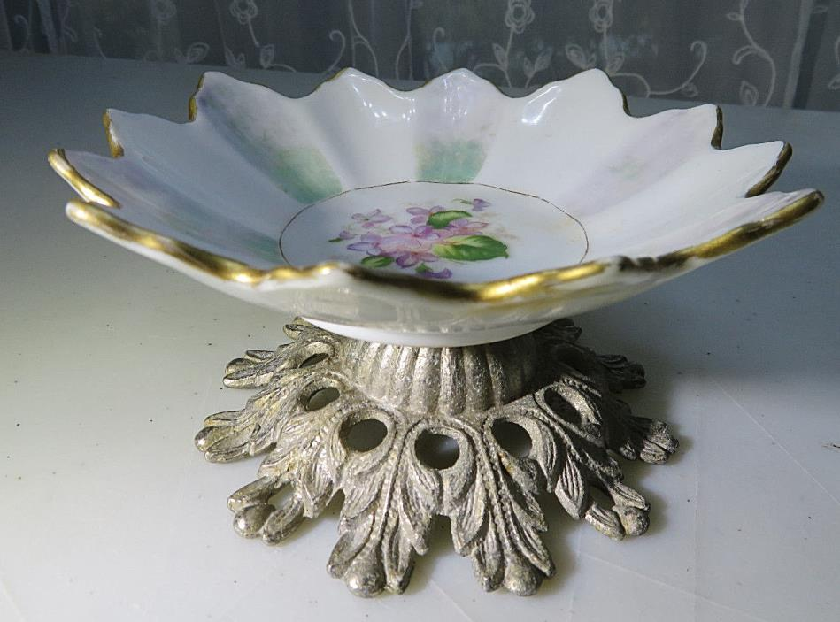 VINTAGE PORCELAIN SMALL BOWL OR ASHTRAY METAL STAND NO MARK FLOWERS 5