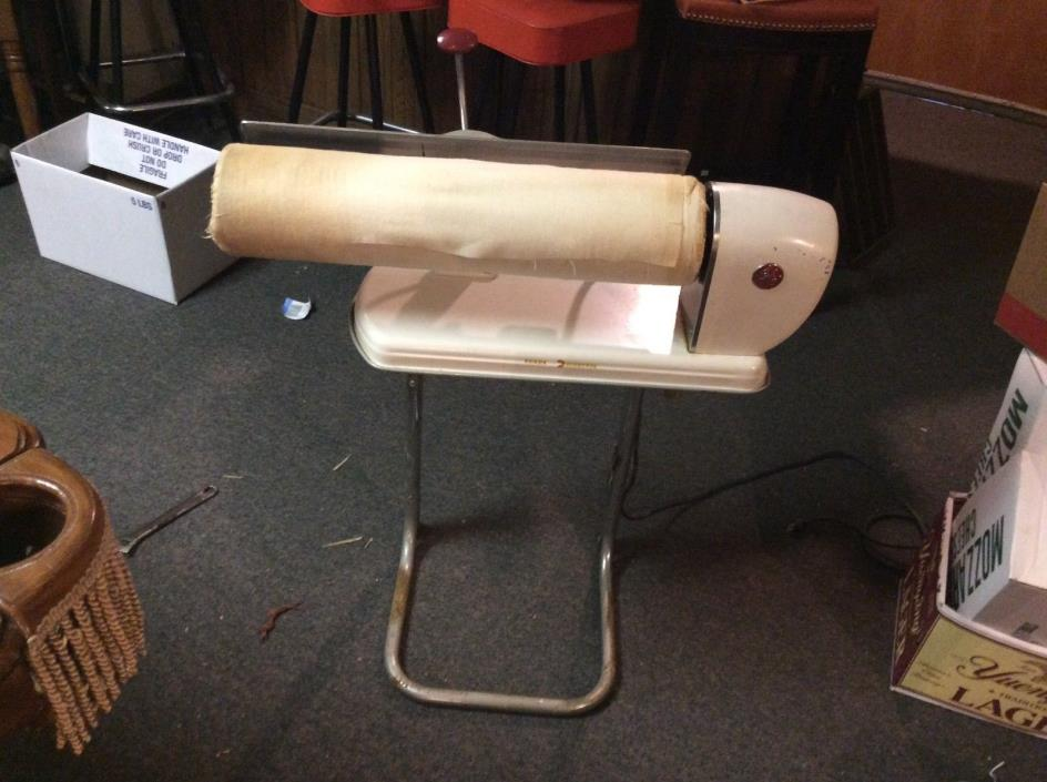 Vintage GE  Portable Rotary Mangle Iron1300W, Tested & Working.