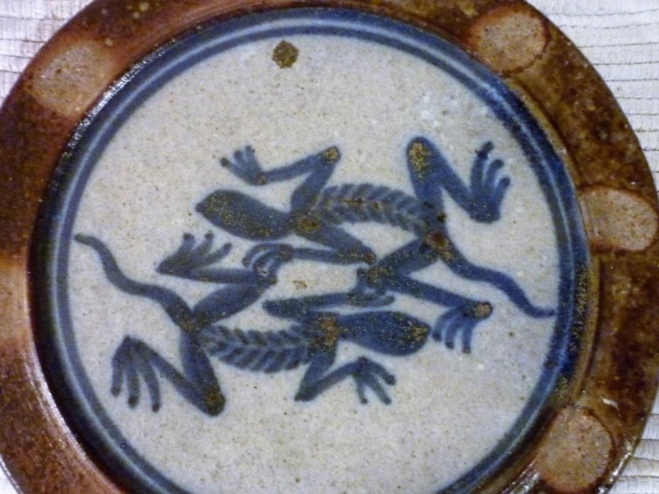 Matt Jones North Carolina Pottery Wall Hanging Salamanders/Lizards 7 1/2
