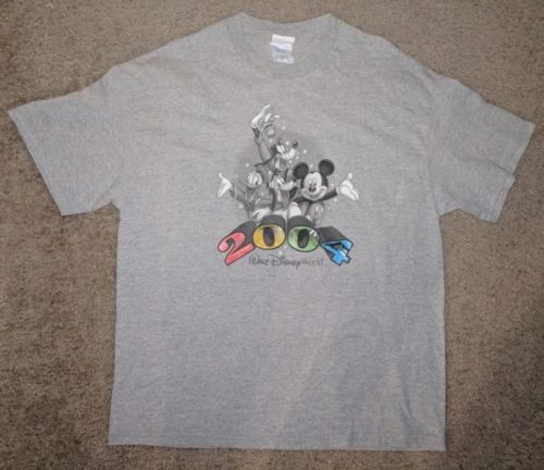 DISNEY MICKEY MOUSE T-SHIRT SIZE XL GRAY WALT DISNEY WORLD 2004 Tennessee River