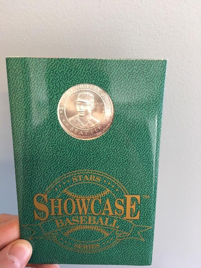 Ken Griffey Jr. Coin- mint condition.