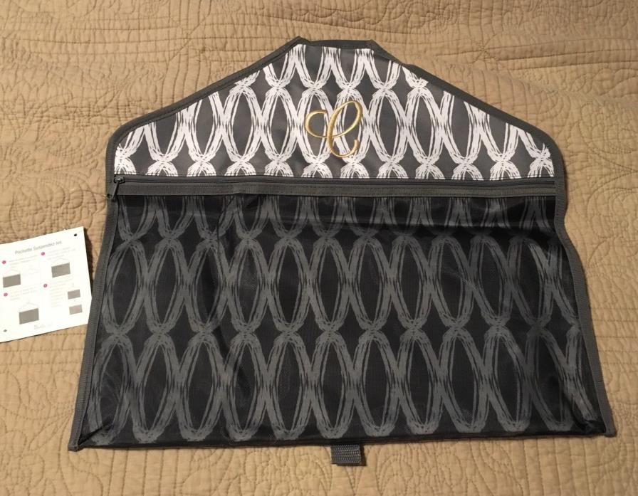 Thirty one hang it up pocket in charcoal links