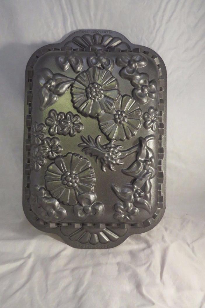 Nordic Ware Cast-Aluminum Nonstick Wildflower Baking Pan