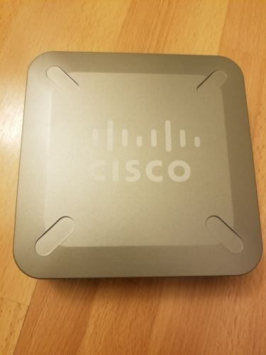 Cisco RVS4000 V2 Linksys Router 4-Port Gigabit Security Router with VPN