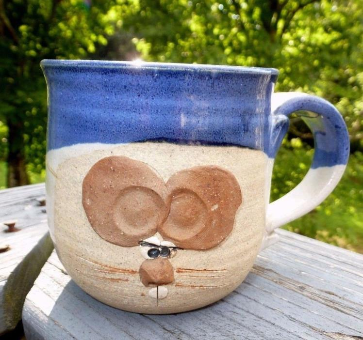 BLUE STONEWARE EARTHENWARE MOUSE POTTERY COFFEE MUG SIGNED BY ARTIST