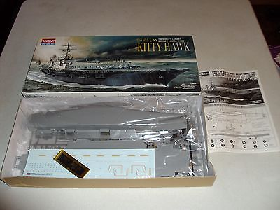 ACADEMY CV-63 USS KITTY HAWK AIRCRAFT CARRIER IN 1/800 SCALE