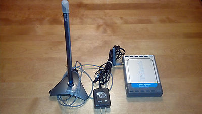D-link 2.4GHz Wireless Access Point with ANT24-0700 2.4 GHz Antenna