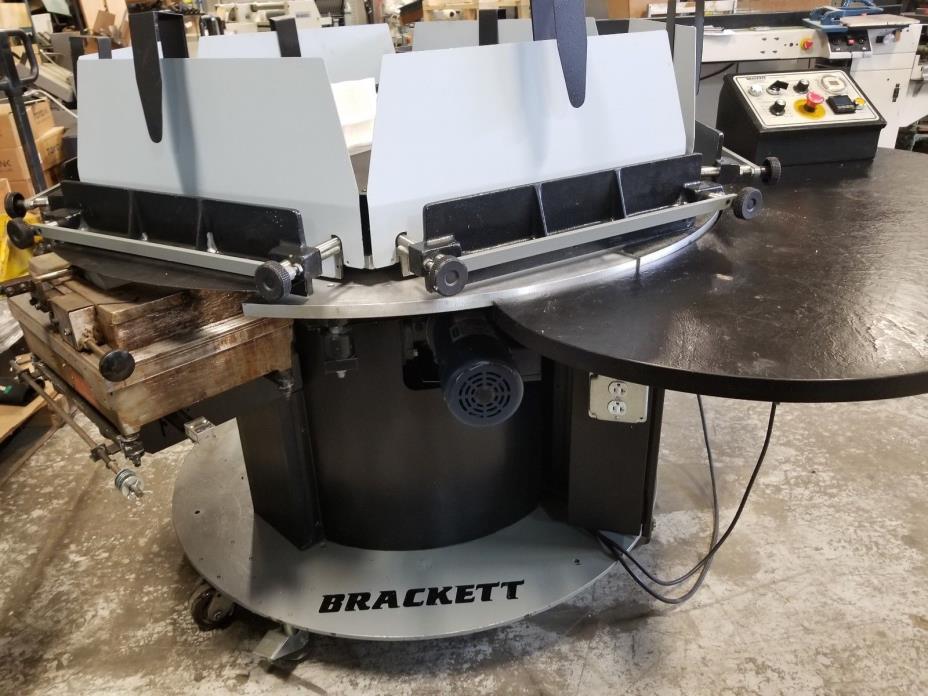 Brackett Circular Padder 19