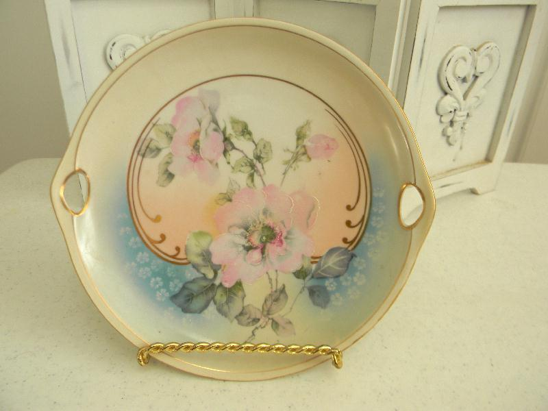 Beautiful Antique Hand Painted Porcelain Handled Dessert Plate~Germany