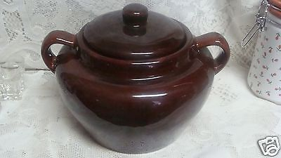 GLAZE  BROWN POTTERY BEAN POT WITH  DOUBLE  HANDLES & LID 12 CUPS
