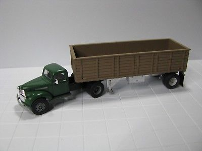 Custom 1941 Chevy w/ Cargo Trailer, Herpa / Roco Minitanks Mini Metals, HO Scale