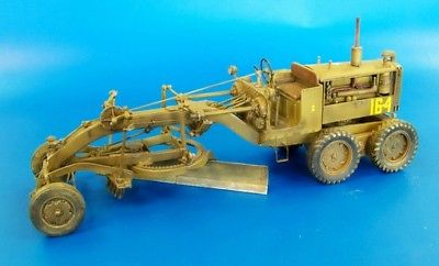 Plus Model 1:35 US Motor Grader Full Resin Diorama Accessory #426