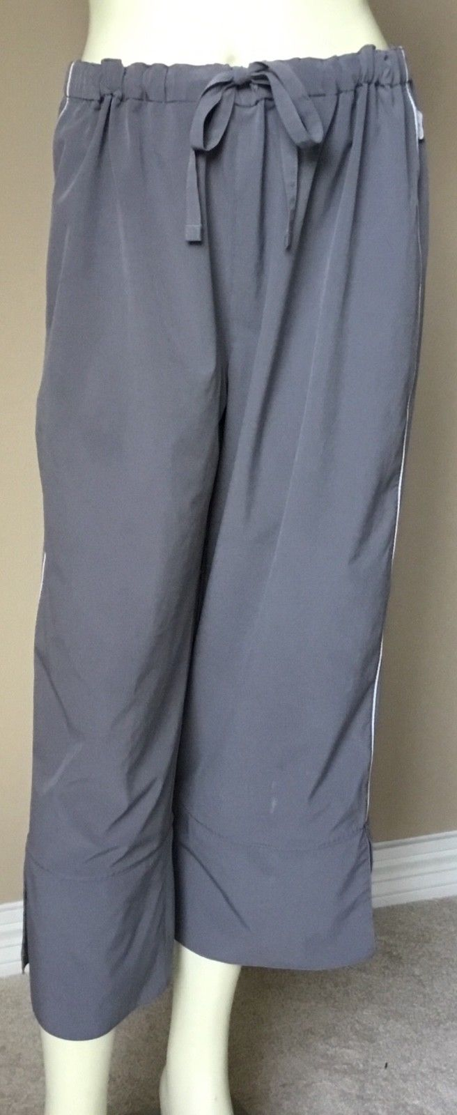 Womens Reebok Gray Stretch Athletic Workout Yoga Crop Cropped Capri Pants XL
