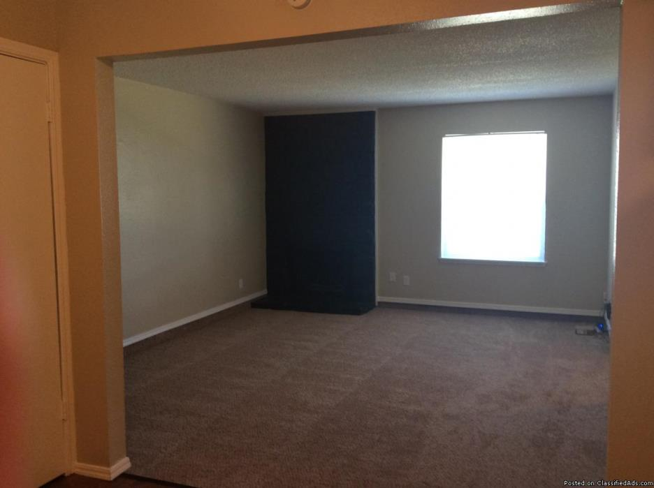 YES! WE ARE PET FRIENDLY COMMUNITY  MOVE IN SPECIAL FOR NOVMBER  RENT $99!
