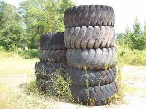 Huge Tractor Tires 26.5-25 for Weight Lifters Exercise Training (Slidell)