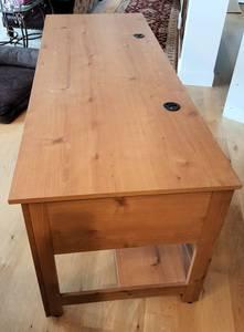 Free Desk (Edina)