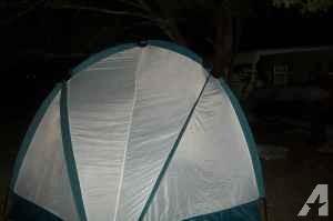 4 man tent, - $30 (se ocala )