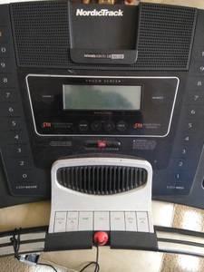 NordicTrack T9 Treadmill (Gastonia, NC)