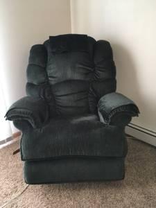 Lazy Boy Big Chair Recliner Dark Green (Moorhead)