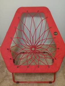 Red Bunjo oversized bungee hex chair (Fraser,mi)