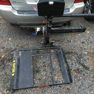 Electric Wheel Chair/Scooter Rear Hitch Lift (Ellsworth,ME)