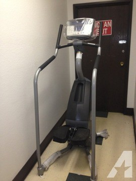 $2,199 Demo StairMaster SC916 StairClimber