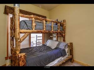 Twin over Full Bunk Bed Aspen Log (Keystone)
