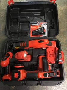 18V Black Decker 5pc Tool Set (East side)