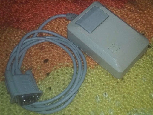 Vintage Apple Macintosh Plus One-Button Mouse M0100 ~ CLEAN