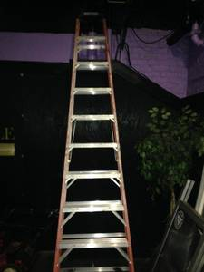 Werner 10ft 300lb fiberglass step ladder