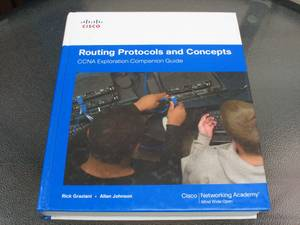 CISCO Routing Protocols and Concepts. CCNA Exploration Companion Guide (W Sunset