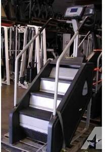 $2,899 StairMaster Stepmill 7000PT Blue Console - Fully Remanufactured Model