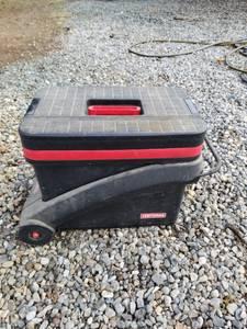 Craftsman rolling toolbox (Gardnerville)