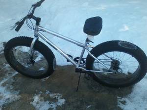 MENS MONGOOSE MOUNTAIN BIKE WITH DISC BRAKES (spencer ma,)