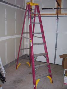 Eight (8) ft. Fiberglass Step Ladder - Werner FS208 (Manassas)