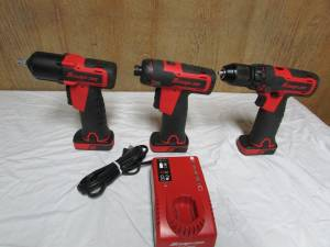 snap on 14.4 volt impact , drill , and screwdriver set (edom)