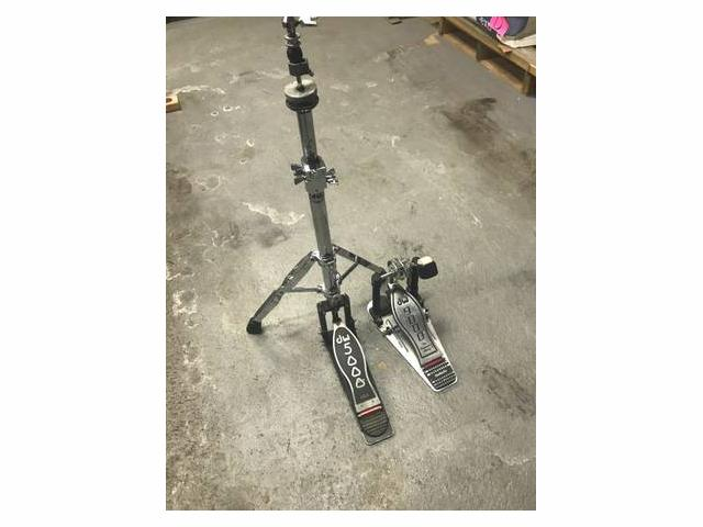 Dw9000 Bass Drum Pedal and Dw5000 Hihat Stand