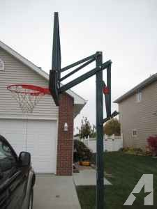LIFETIME PORTABLE BASKETBALL HOOP - $325 (Norfolk, NE)