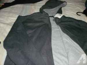 Mens Hooded Sweatshirt - $15 (Priest Lake area)