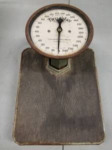 Vintage Tru-Way Health Continental Bathroom Scale 0-240 lbs (Island & Elmwood