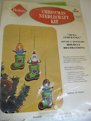 Dexters Christmas Needlecraft Kit No. 70228 Mini Stockings