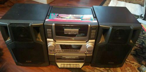 Vintage 1999 sanyo swm320 boombox