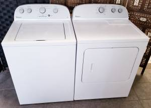 Matching Whirlpool Washer and Ele Dryer Both Work Good Large Capacity