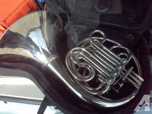 Double french horn with detachable bell - $399 (nw laredo)